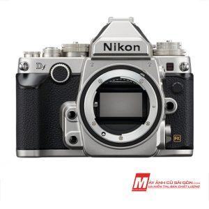 Máy ảnh Fullframe Nikon DF thiết kế cổ điển ngoại hình đẹp giá rẻ